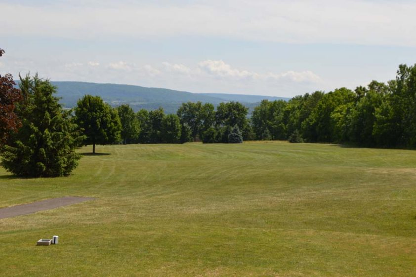 Hole 8 from Tee At Woodlynn Hills Golf Course